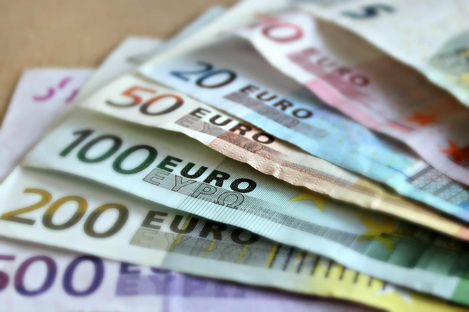 Euro Banknotes!